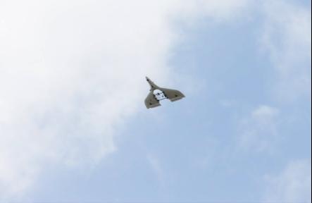 自律型の飛行が可能なため、操縦者は不要