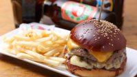 """一度食べたらやみつき! 都内""""独創的な""""ハンバーガー店7選"""