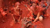 【浪速風トマト祭り】大阪がスペインのトマト祭りを真似るとこうなる