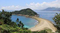 国境近くの離島に行こう! 手つかずの自然が残る絶景の島10選