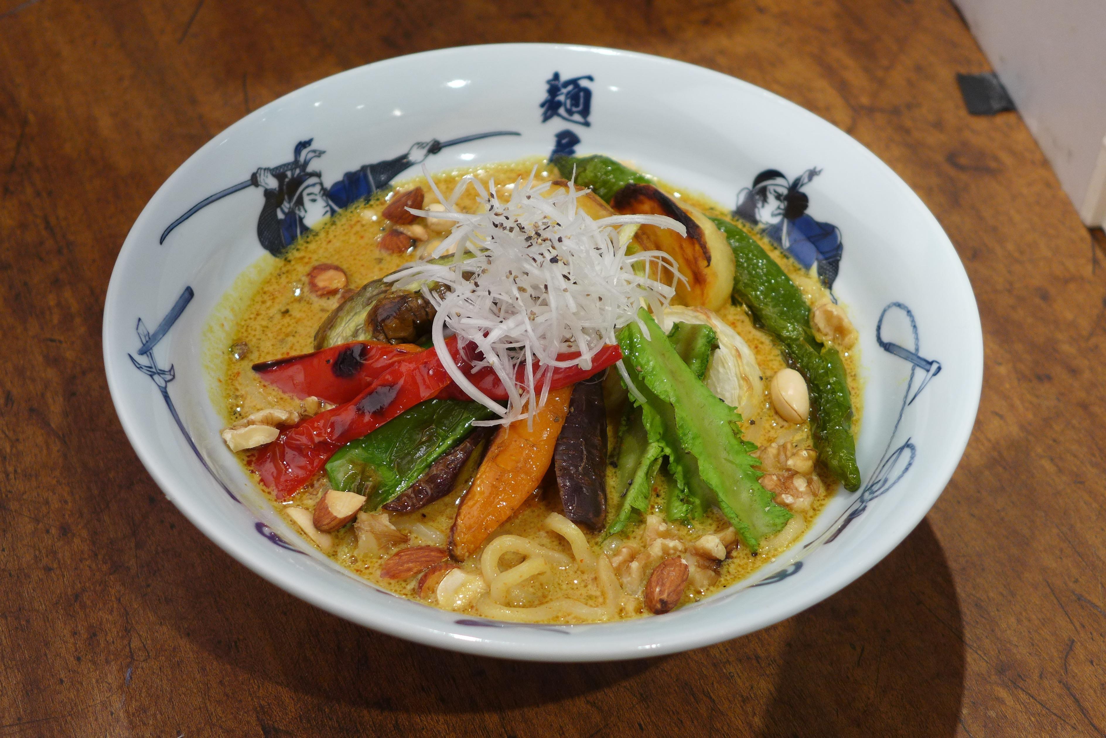 ベジ白湯カレー麺