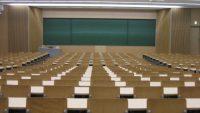 「日本の大学進学率」驚きの推移で、誰でも大学に入れる時代に