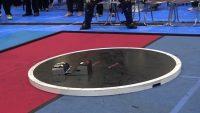 1秒で終わる!? 超高速で攻防が繰り広げられるロボット相撲が話題に