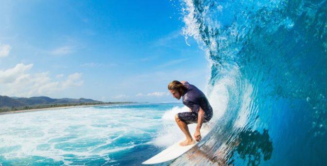仕事中でもいい波が来たらサーフィンに行ってOK! パタゴニアの社内制度がとにかくスゴい
