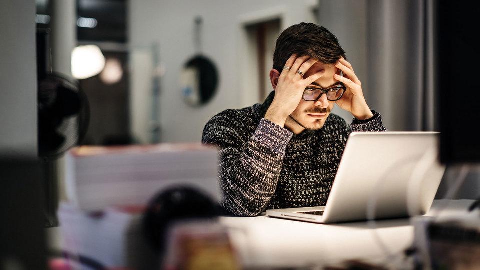 考えすぎは何の解決にもならず、消耗するだけ:研究結果