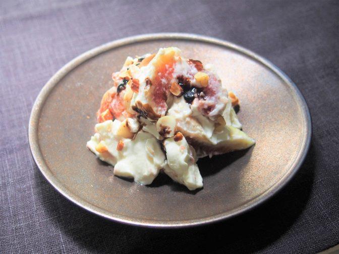 男のための簡単料理。ワインのつまみに「いちじくのチーズ和え」を作ろう