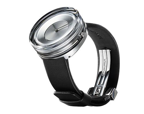 光の彫刻のような美しさ。吉岡徳仁×ISSEY MIYAKEの腕時計