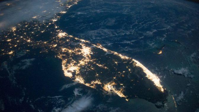 省エネのため街灯をLEDに変更したところ、光害が増えたという研究結果