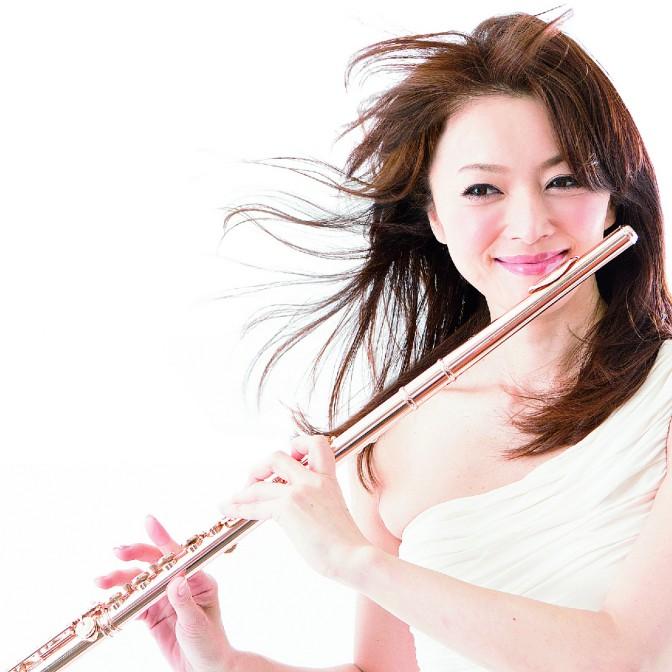 フルート奏者・中西久美さん