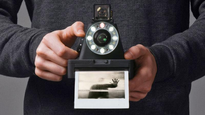 ポラロイドカメラ「The I-1」