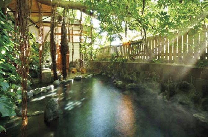 上質な客室で食事と温泉を。コスパ最強な「関東旅の宿」5選
