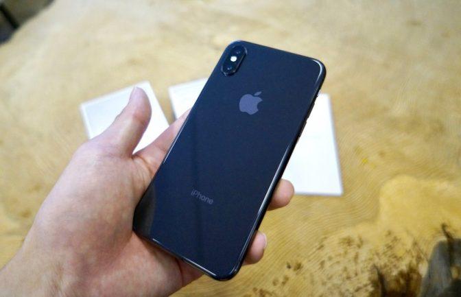 11万円オーバーのiPhone X。最もお金を掛けたパーツは〇〇〇
