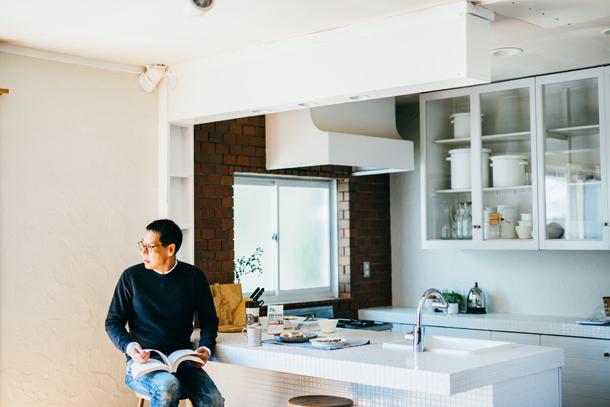 くらしのプロ・松浦弥太郎が愛するスターバックスと、好きなモノに囲まれて生きる方法