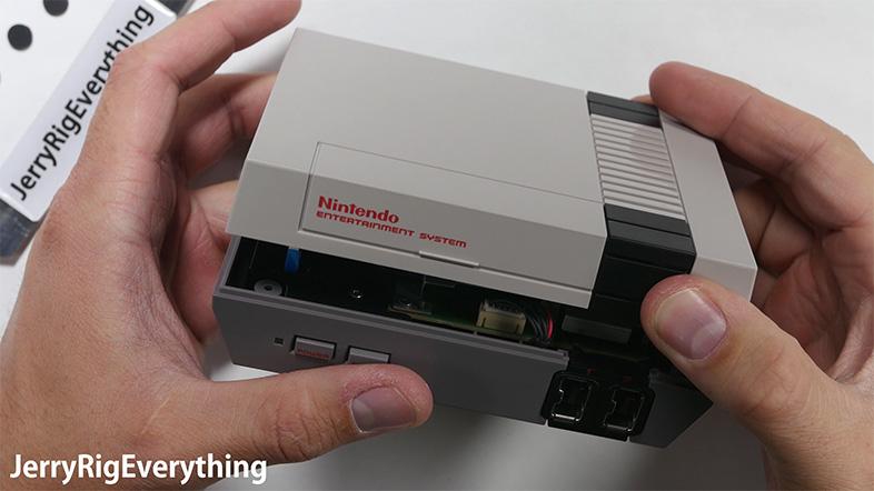 復刻版ファミコン「NES Classic Edition」今度は分解動画が公開される 1