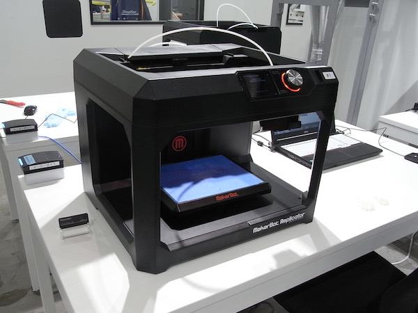 3Dプリンターマシン