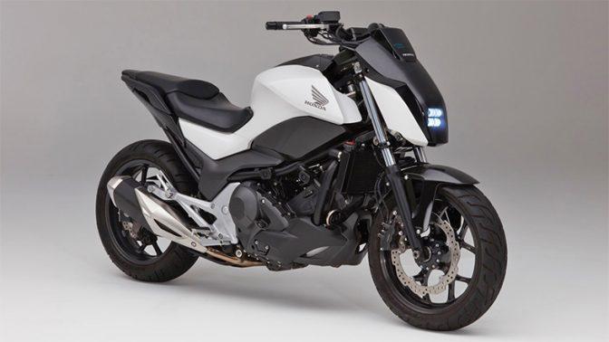 とことこ歩くように動く。自律走行するホンダの大型バイク「Honda Riding Assist」にLOVE 2