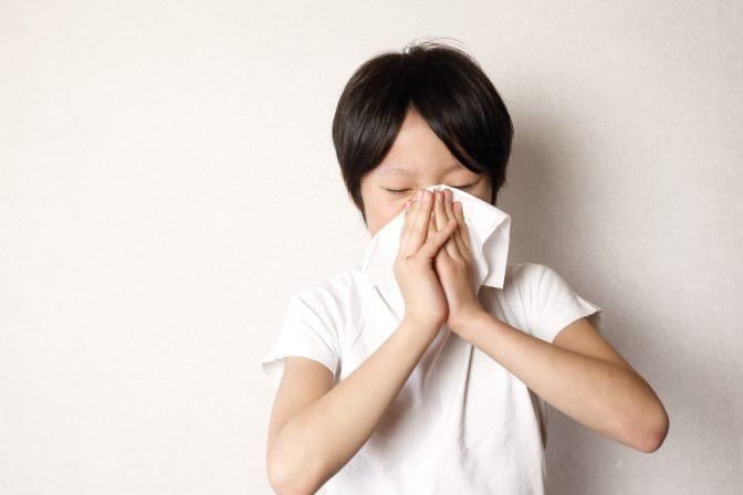 花粉症の未就学児は48.2%