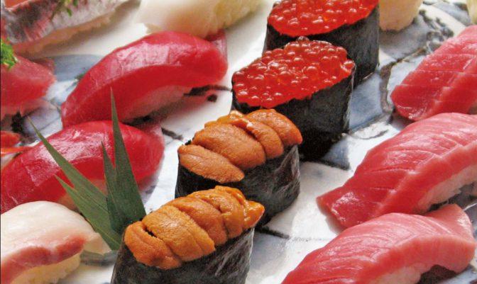 高級寿司が90円で食べ放題