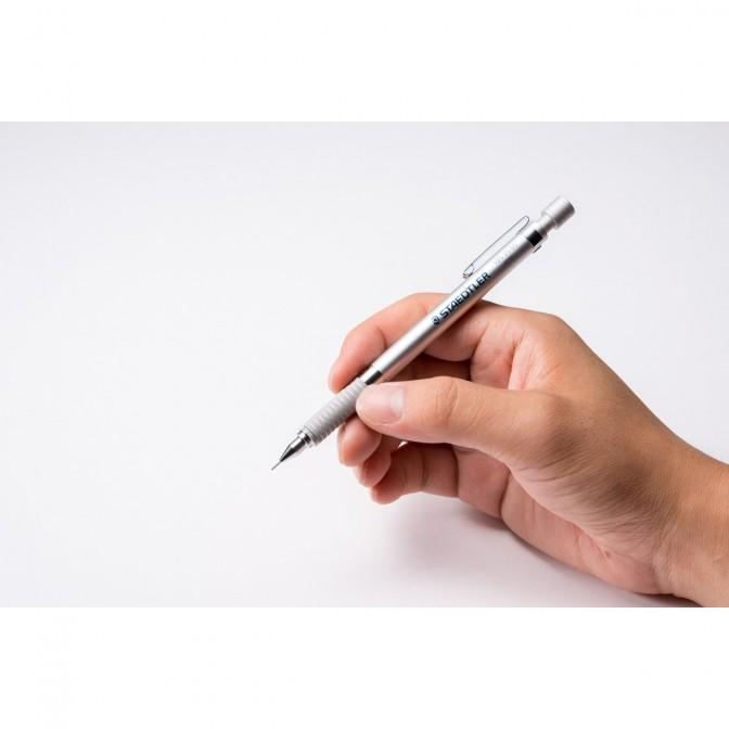【おすすめシャープペン】デジタル時代だからこそ、アナログが光る!STAEDLER社のシャーペンがカッコいい