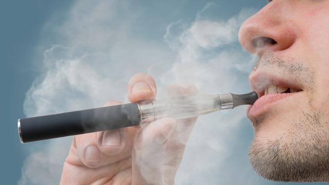 禁煙するなら電子タバコ?