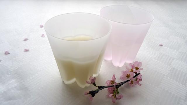 桜のシーズンは、サクラサクグラスのセットで花見酒を! 2