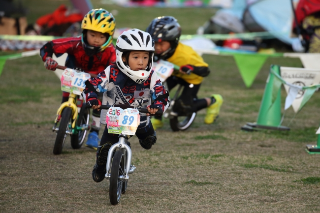 大人気ストライダーの選手権が開催! 2~5歳のアジアチャンピオンが決定したぞ!!