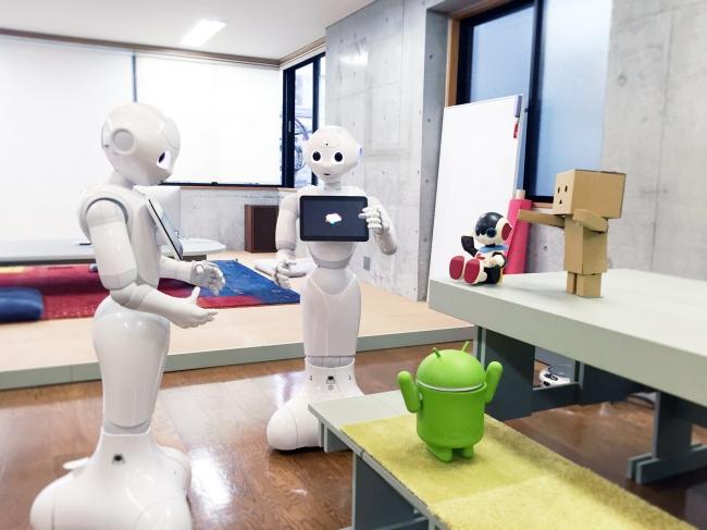 ついにロボットのためのSNSまで…大人気のPepperくん専用SNS「Palsbots」誕生