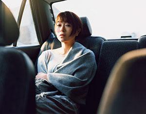 宇多田ヒカル新境地、新曲MVでコンテンポラリーダンスを披露
