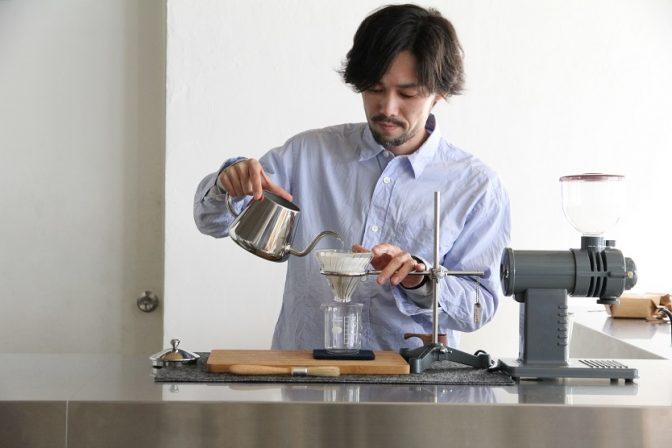 土鍋で豆を焙煎?! 高円寺のコーヒーフェアは4/23まで
