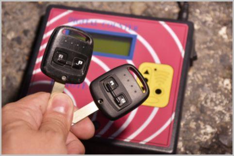車のリモコンキーは一瞬でコピーされる危険性アリ?!