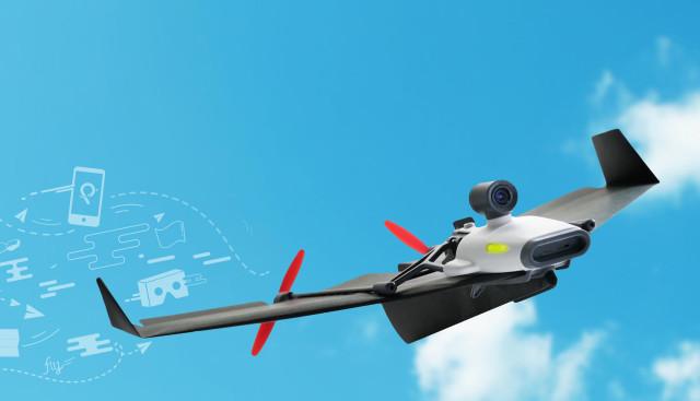 紙飛行機をドローンにしてしまおうというアイデアが現実のものに